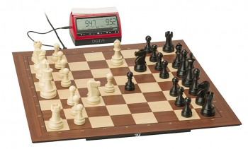 Smart_Board_with_Pieces_and_DGT_Pi-fill-350x211