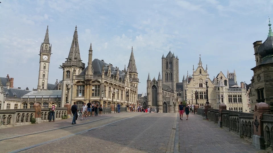 ghent-1139784_960_720